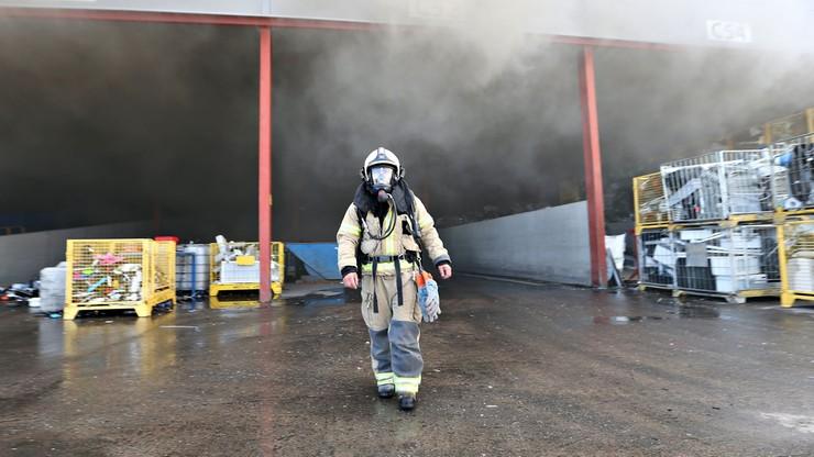 Gigantyczny pożar przetwórni odpadów elektronicznych i elektrycznych w Norwegii