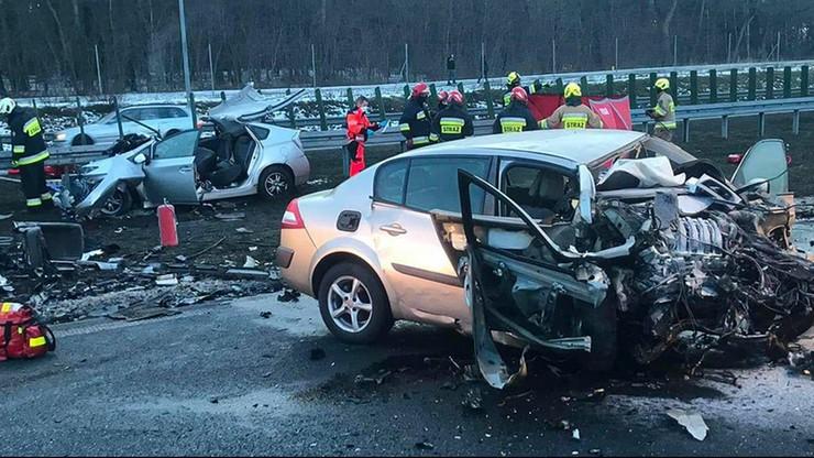 Tragiczny wypadek na drodze ekspresowej. Kierowca jechał pod prąd
