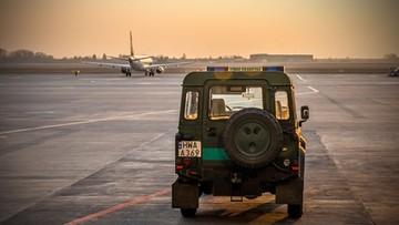 Awaryjne lądowanie samolotu PLL LOT na Lotnisku Chopina