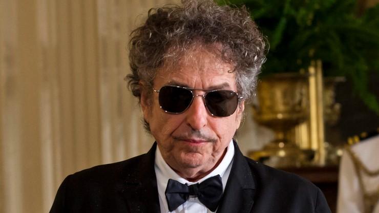 """Akademia Szwedzka zaprzestała prób skontaktowania się z Dylanem. """"Mam wrażenie, że jednak się ujawni"""""""
