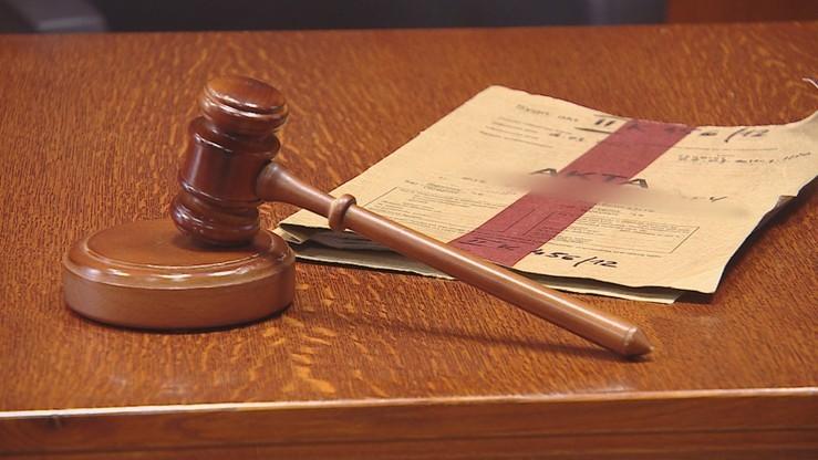 Sąd ponownie rozpatrzy sprawę prokuratora oskarżonego o przyjęcie 300 tys. zł łapówki