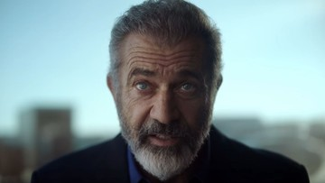 Mel Gibson w spocie Polskiej Fundacji Narodowej. Z panoramy Warszawy zniknął Pałac Kultury