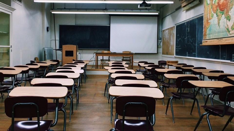 Zaremba: postarajmy się, aby dzieci wróciły do szkół jak najszybciej. Szkoła to wspólnota!