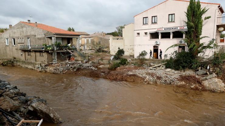 13 ofiar powodzi we Francji. W ciągu nocy spadło tyle deszczu, co w ciągu siedmiu miesięcy