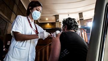 Jedna dawka szczepionki dla ozdrowieńców. Decyzja włoskiego resortu zdrowia