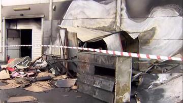 Pożar centrum handlowego w Legnicy. W akcji gaśniczej wzięło udział 12 zastępów straży pożarnej