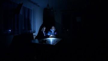 Czekają na prąd od dwóch lat. Termin znowu przesunięto