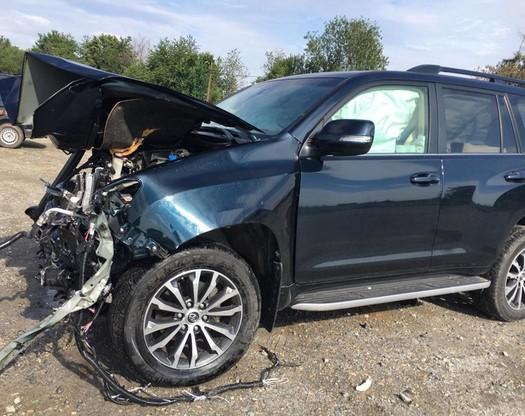 Samochód uległ zniszczeniu