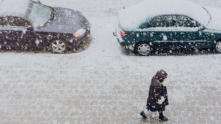 Wróciła zima, spadnie do 30 cm śniegu. Pogoda na środę