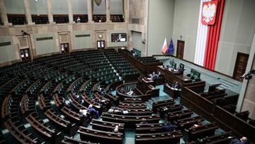 Prawo i Sprawiedliwość przed Koalicją Obywatelską, Lewica na podium