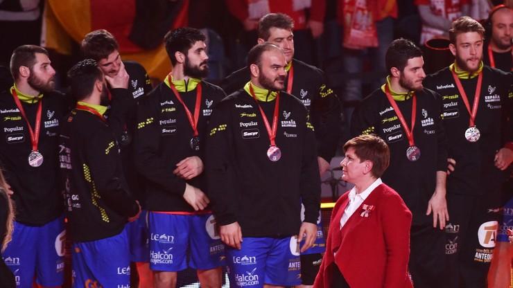 Premier wygwizdana w czasie ceremonii medalowej Mistrzostw Europy w piłce ręcznej