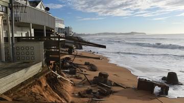 Ekskluzywne posiadłości zagrożone zalaniem. Powódź w Australii