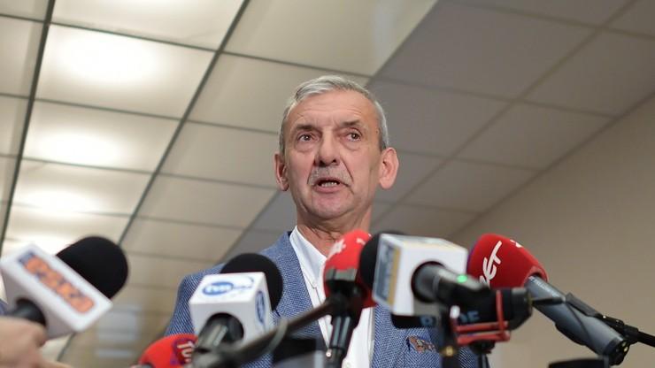 Dyrektor szkoły zdecyduje o przesunięciu roku szkolnego? Propozycja ZNP