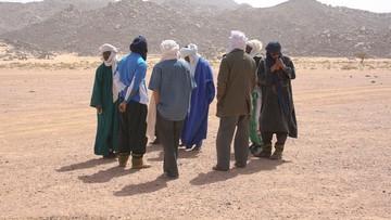 Algieria wydala migrantów. Bez wody i jedzenia giną na Saharze