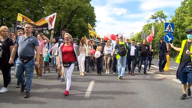 """""""Strajk przedsiębiorców"""" zakończył się przed siedzibą PiS-u"""