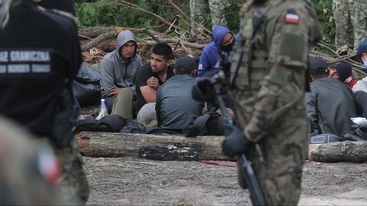 """Straż Graniczna: w pobliżu Usnarza zostały 24 osoby. """"Reszta wróciła na białoruską stronę"""""""