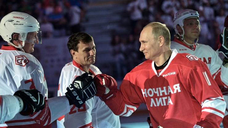 Putin strzelił pięć goli w meczu hokejowym