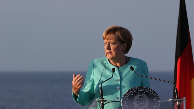Merkel wzywa Turków w Niemczech do lojalności wobec RFN
