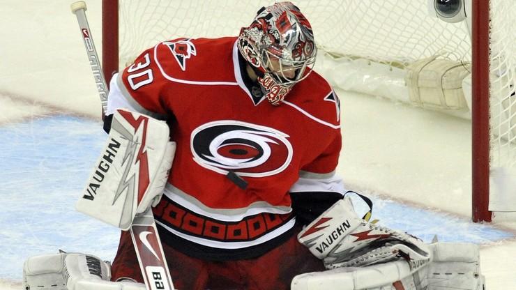 NHL: Piąta z rzędu wygrana Carolina Hurricanes. Czarna seria Ottawa Senators