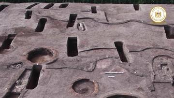 Egipt. Archeolodzy odkryli ponad 100 starożytnych grobowców