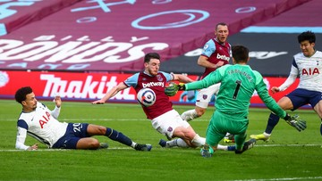 Premier League: Drużyna Łukasza Fabiańskiego awansowała na czwarte miejsce