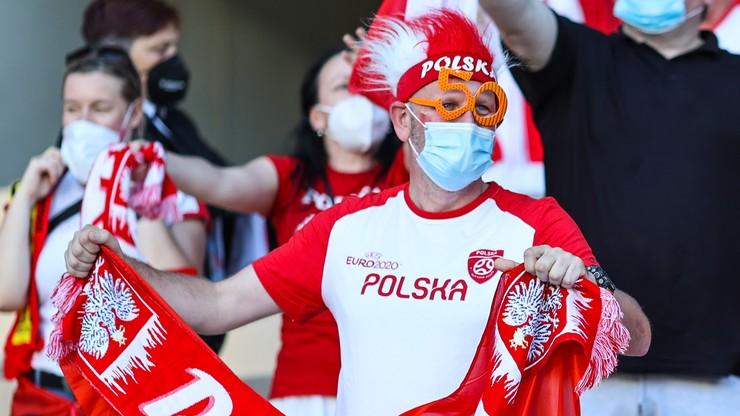 Polska - Szwecja: Kibice powitali reprezentację Polski w Sankt Petersburgu