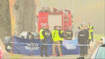 Zachodniopomorskie: samochód uderzył w drzewo, trzy osoby nie żyją