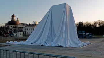 Odsłonięcie pomnika, marsze i apel pamięci. Obchody ósmej rocznicy katastrofy smoleńskiej