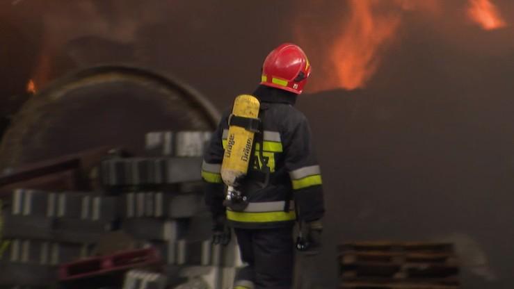 Pożar składowiska na Podlasiu. Na miejscu 28 zastępów straży pożarnej