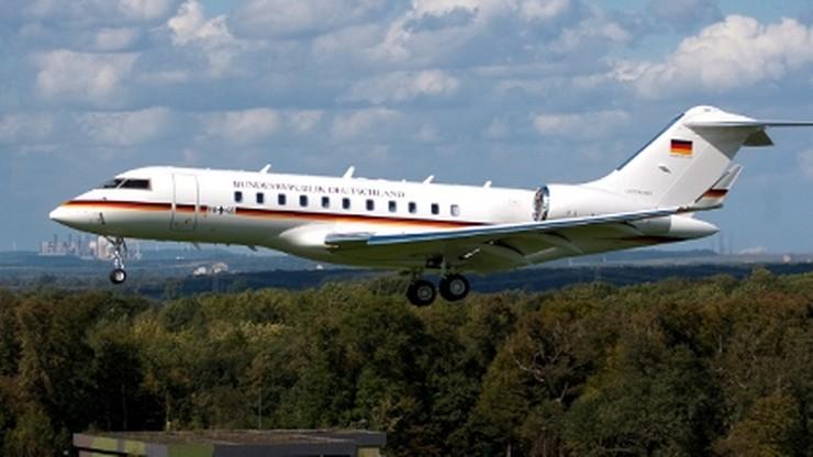 Kłopoty niemieckiego rządowego samolotu na berlińskim lotnisku Schoenefeld