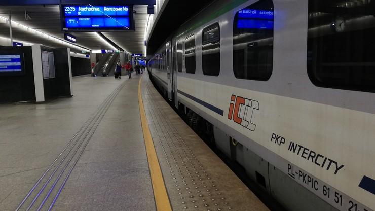 """Kolejne pociągi wracają na tory. PKP Intercity """"odmraża"""" połączenia"""