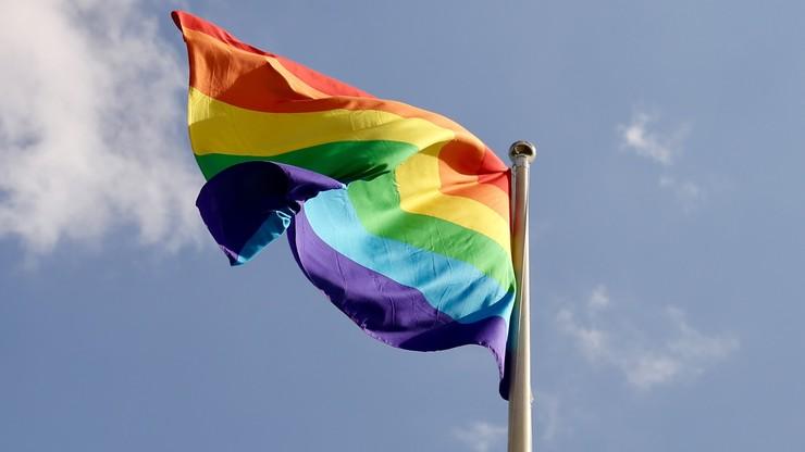 """Rusza proces przeciwko twórcy akcji o """"strefach wolnych od LGBT"""" w Polsce"""