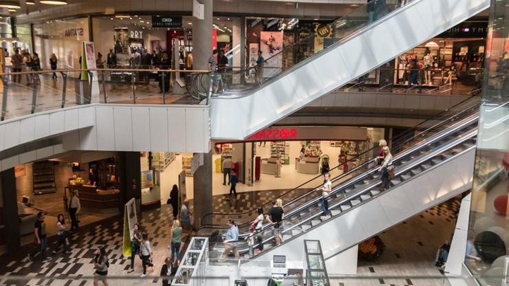 Handel na minusie. Listopadowy spadek zakupów w sklepach