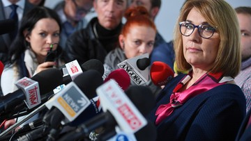 """""""Zmieniają zdanie częściej niż kobieta rękawiczki"""". Mazurek o politykach opozycji"""