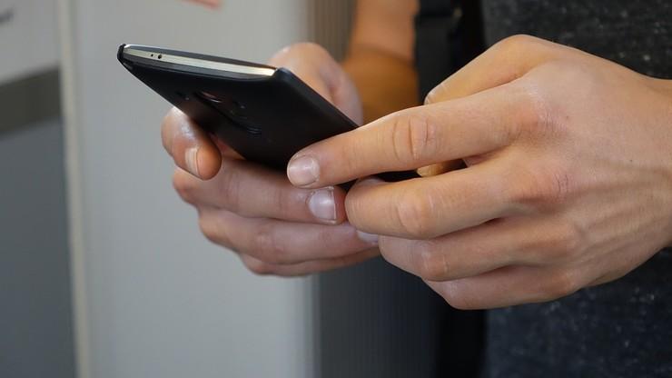 200 tys. osób oszukanych przez fałszywe SMS-y. Straty wynoszą nawet 3 mln zł