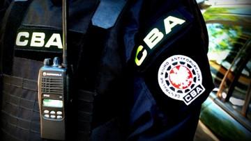 CBA zatrzymało 8 osób powołujących się na wpływy m.in. w służbach specjalnych