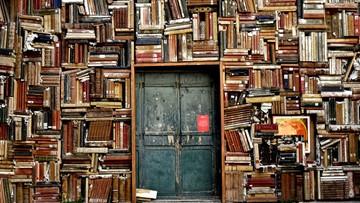 Czytamy coraz mniej. Nie czyta prawie 30 proc. studentów i uczniów, w innych grupach tylko gorzej