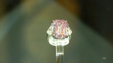 Sprzedano największy na świecie różowy diament. Rekordowa cena