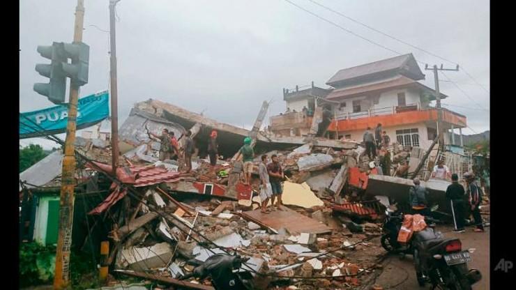 Indonezja: silne trzęsienie ziemi na wyspie Celebes. Co najmniej 34 zabitych, setki rannych