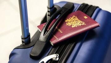 """Od wtorku można pobierać """"paszporty COVID-19"""""""
