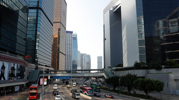Nagi Polak znaleziony na ulicy w Hongkongu. Zmarł po upadku z wysokości