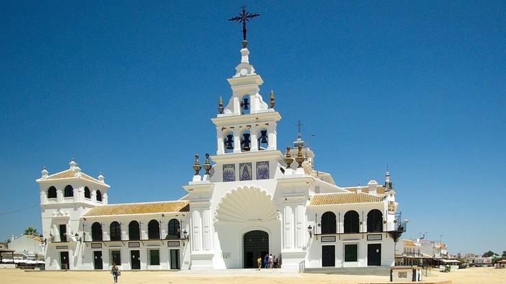 """""""Ulgi podatkowe dla Kościoła w Hiszpanii mogą być zakazaną pomocą"""" - orzekł Trybunał UE"""