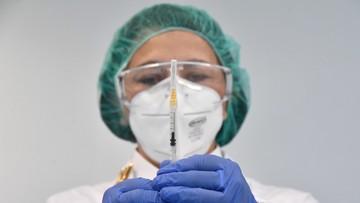 Są rekomendacje dotyczące szczepień produktem AstraZeneki