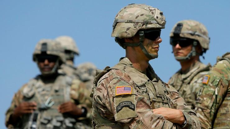Transpłciowi członkowie armii USA pozwali Donalda Trumpa. Zarzucają mu łamanie konstytucji