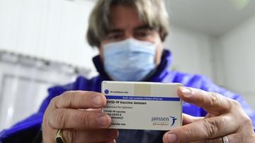 Johnson & Johnson wstrzymuje wprowadzenie szczepionki w UE. Co z dostawą do Polski?