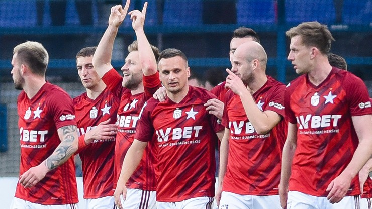 Kluczowy piłkarz Wisły Kraków przedłużył kontrakt
