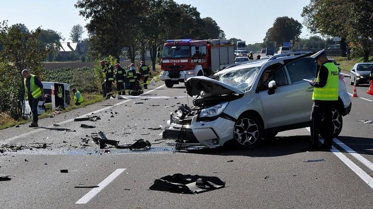 Siedmioro rannych w zderzeniu na drodze 77