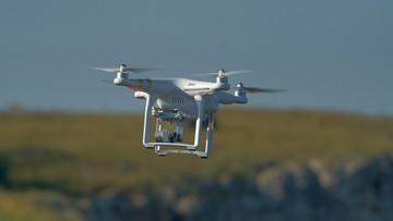 Chińczyk sterował dronem nad Zamkiem Królewskim. Grozi mu rok więzienia