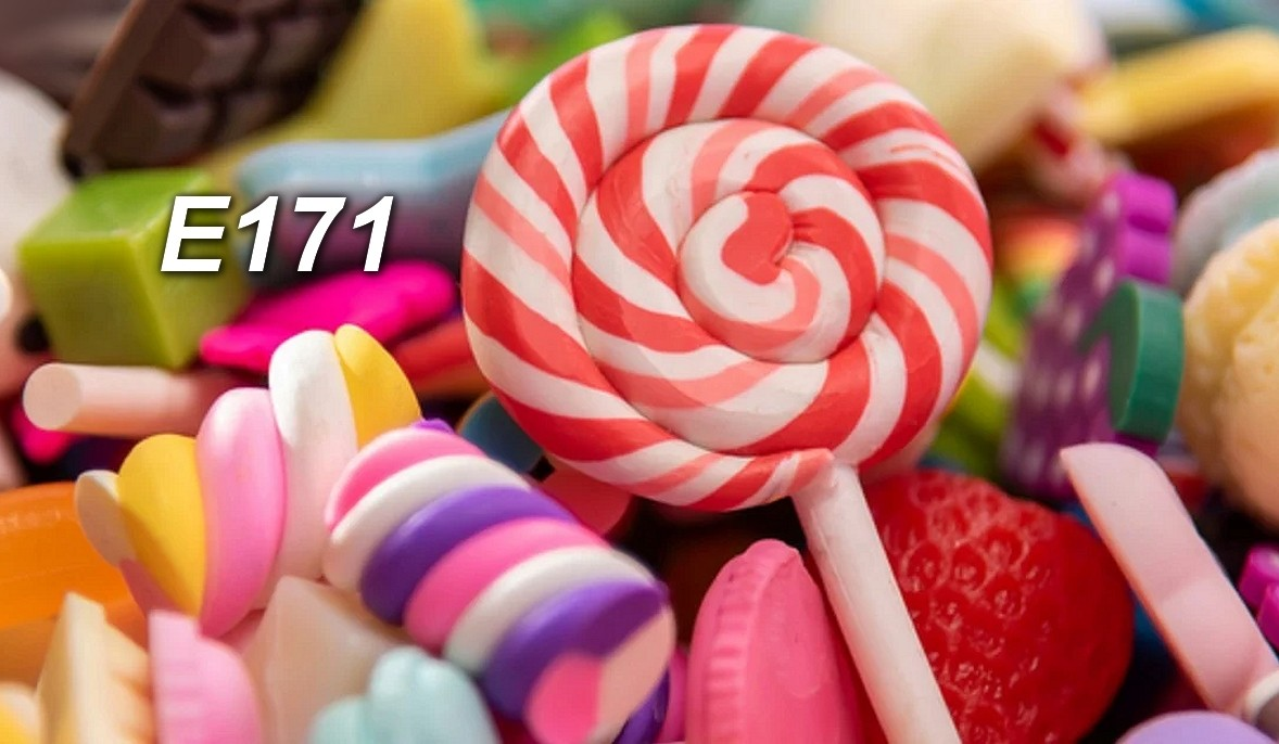 Uważaj na produkty z E171. Barwnik został uznany za rakotwórczy. Sprawdź, gdzie go znaleźć