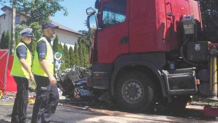 Tragiczny wypadek w Myszyńcu Starym. Nie żyją dwie kobiety, 9-letnie dziecko w ciężkim stanie